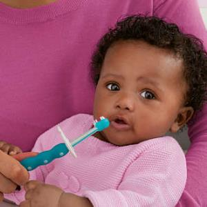 Is Your Baby Having Bad Breath? Here's How To Treat It