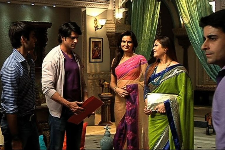 Saraswatichandra Episode 35--36 on Monday 22nd April 2019