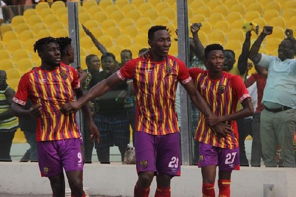 Kofi Kodzi turns Accra Stadium into dancing field