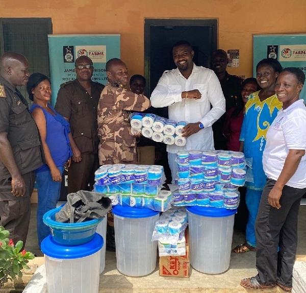 Coronavirus: Dumelo donates sanitizers, soaps to James Camp Prison
