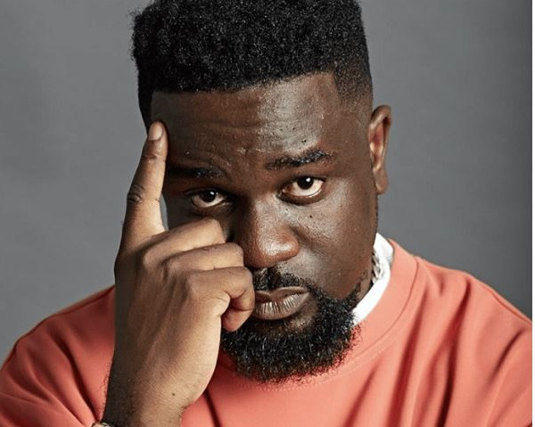 Sarkodie is not dead – Management denies rumours